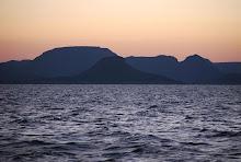 lake-nasser-at-dawn