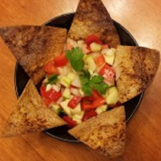Artisanal Tortilla Chips with Fresh and Spicy Apple Salsa
