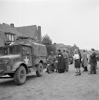 3rd Battalion Irish Guards vehicles. Date: September 18, 1944. Photographer: Willem van de Poll. Source: Dutch National Archive