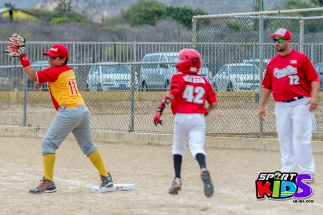 July 11, 2015  Serie del Caribe Liga Mustang.  Puerto Rico vs Venezuela 5-2 - base%2Bball%2Bpony%2BJuli%2B11%252C%2B2015%2Bbest%2Bshot%2Bby%2BKlabe%25CC%2581r-38.jpg