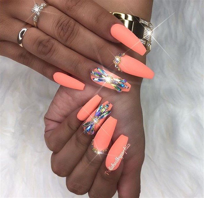 30 wonderful Glitter acrylic nail art designs trends 2018