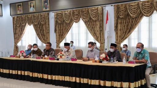 Gubernur Pimpin Rakor RSUD se-Sumbar Bahas Penanganan COVID-19