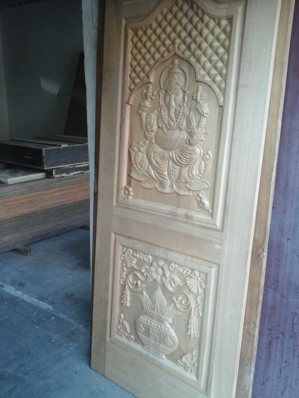 Contractors in chennai main door home entrance door for Teak wood doors in bangalore