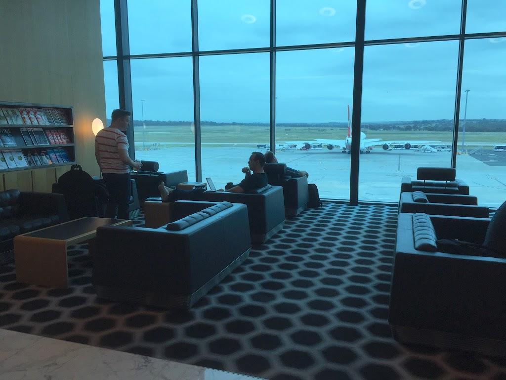 カンタス航空インターナショナルファースト (オーストラリア・メルボルン空港)