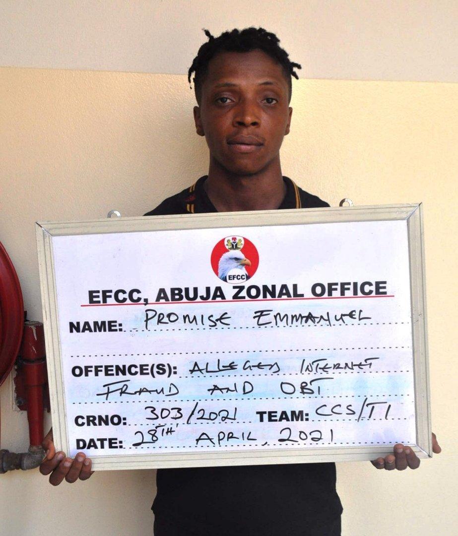 EFCC Arrests Five Suspected Internet Fraudsters In Abuja