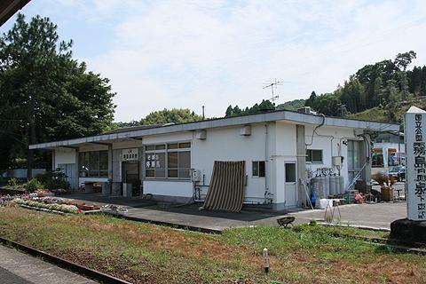 霧島温泉駅 駅舎
