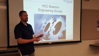 Pete Cirak presenting to students