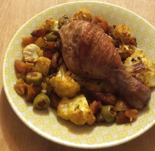 Kurczak, udka, nóżki, morele, kalafior, oliwki, przepis, curry