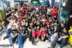 Foto grupal con los socios de Megagumi