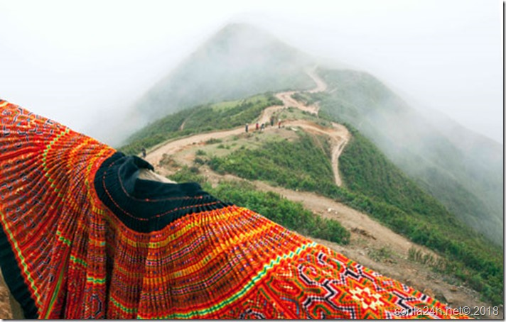 Len-que-huong-Vo-chong-A-Phu-1-1518975445-125-width500height318