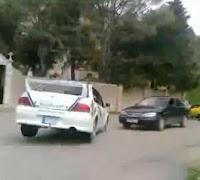 rally coche aparcado