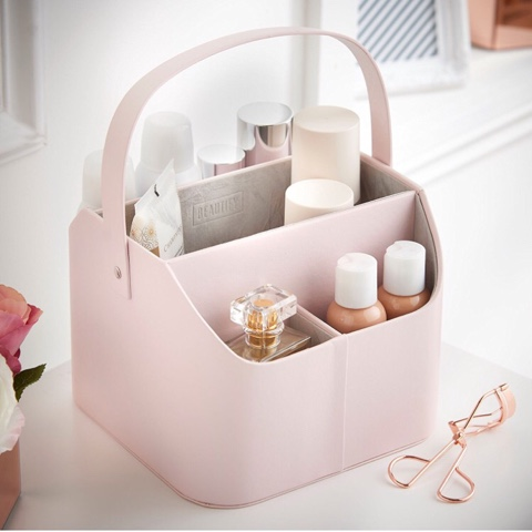 Beautify Worldwide jewelry and makeup storage rose gold