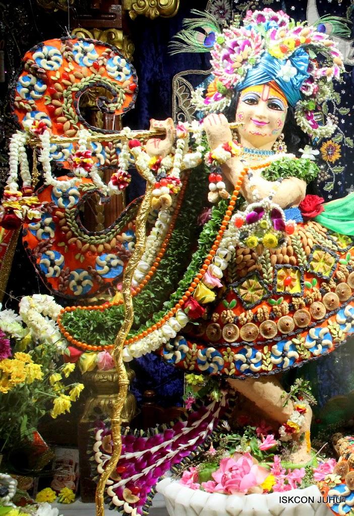 ISKCON Juhu Chandan yatara Deity Darshan on 9th May 2016 (12)