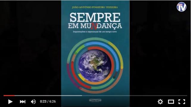 """Vídeo - Reitor do Santuário dos Remédios publicou livro intitulado """"Sempre em Mu(n)dança"""""""