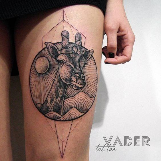 geomtricas_auto-croquis_girafa_coxa_tatuagem