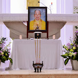 Gx Thánh Tống Viết Bường tiếp nhận hài cốt Cha Đinh Quang Điện
