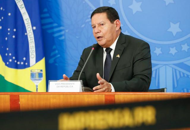 General Mourão recebe diagnóstico de Covid e ficará isolado em palácio, diz Vice-Presidência