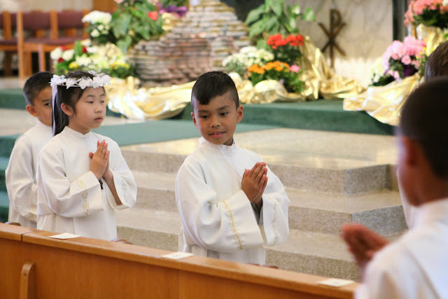 1st Communion May 9 2015 - IMG_1080.JPG