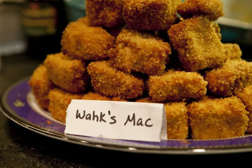Wahkene's perfectly-fried mac and cheese bites