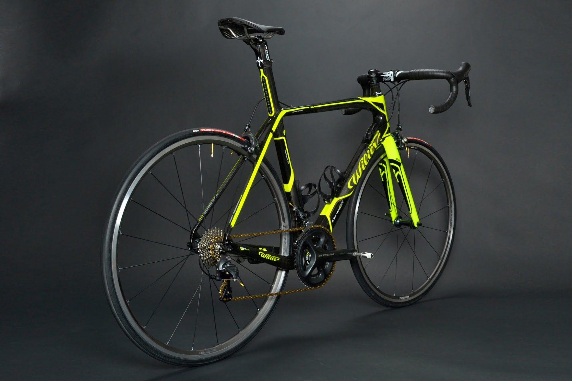 www.twohubs.com: Wilier Triestina Cento1 SR Shimano Ultegra 6800 Complete Bike at twohubs.com