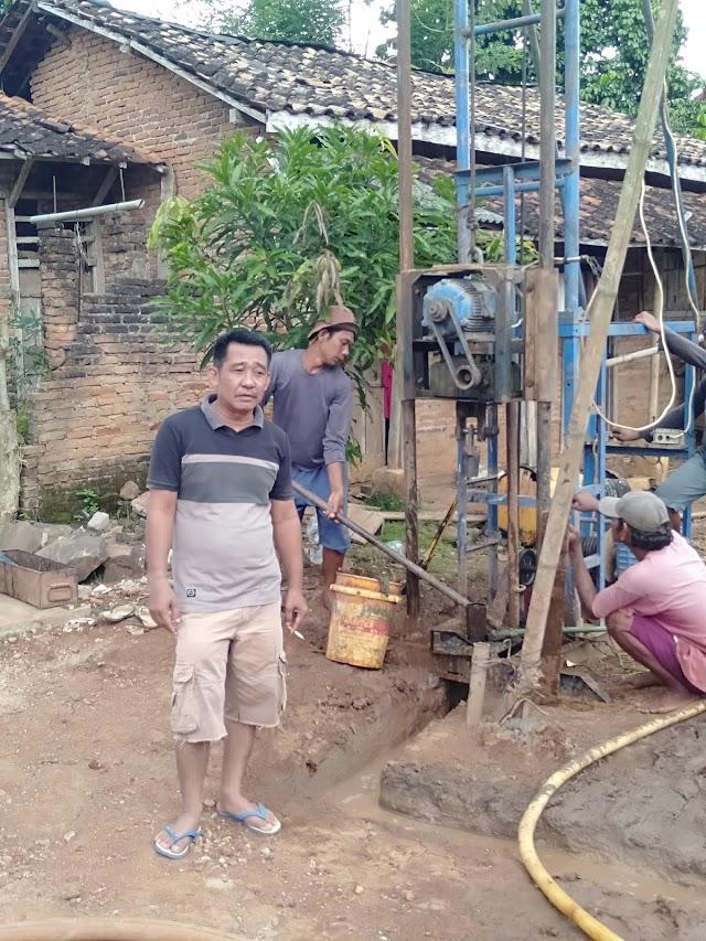 Tarmizi kepala Desa Simpang Abung priotaskan pembangunan Desa