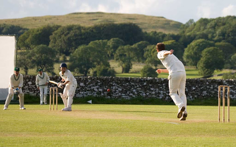 Cricket-2011-Sutton10