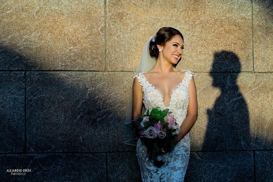 Wedding photographer Alejandro Souza (alejandrosouza). Photo of 30.09.2019