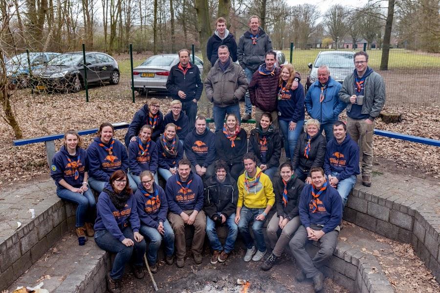 Groepsfoto leiding Scouting Wielewaal