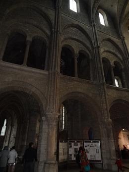 2017.10.23-139 dans la basilique Saint-Remi