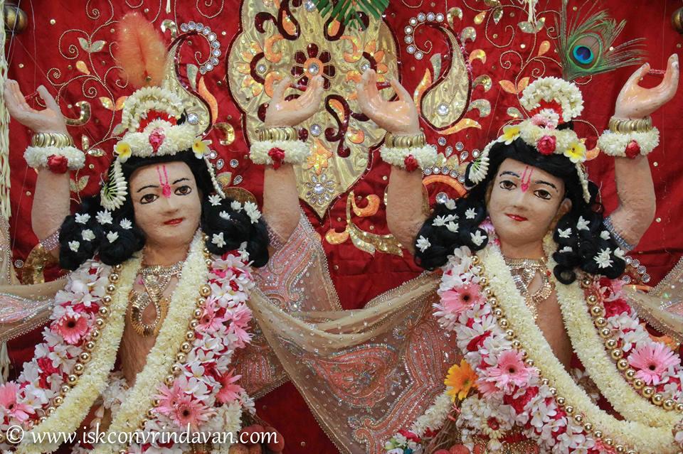 ISKCON Vrindavan Shringar Deity Darshan 29 May  2016 (12)