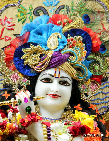 ISKCON Juhu Sringar Deity Darshan on 5th Sep 2016 (10)