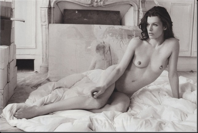 Naked-Nude-Celeb-Milla-Jovovich-with-Erect-Nipples-2