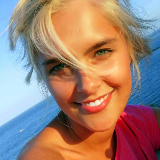 sascha blonde
