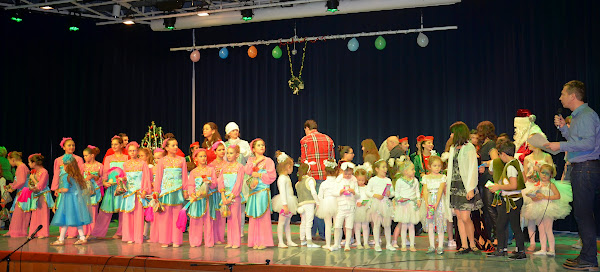 Kinderweihnachtsfest am am 14. Dezember um 12 Uhr
