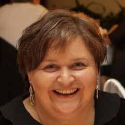 Carolyn Dowdle