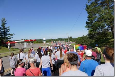 sault_st_marie_bridge_walk1