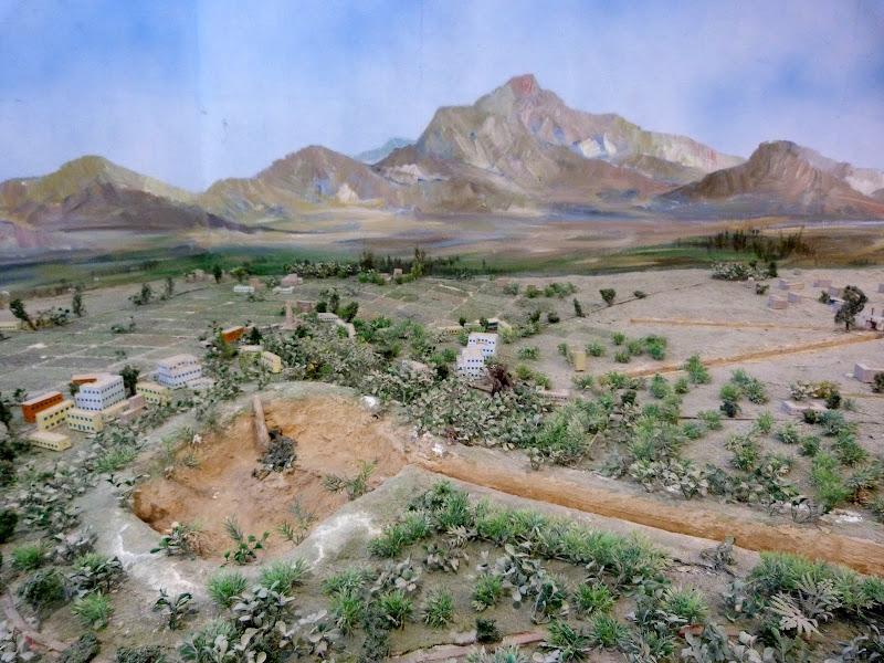 XINJIANG.  Turpan. Ancient city of Jiaohe, Flaming Mountains, Karez, Bezelik Thousand Budda caves - P1270856.JPG