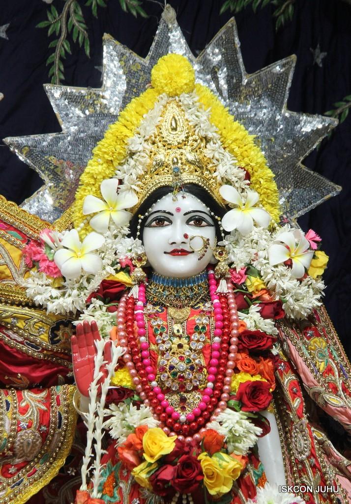 ISKCON Juhu Sringar Deity Darshan 22 Nov 2016 (38)
