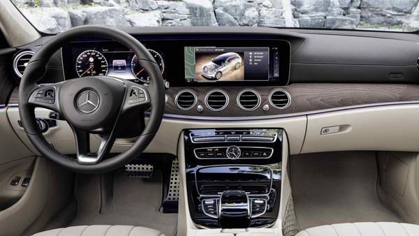 Mercedes-Benz-E-Class_All-Terrain interior