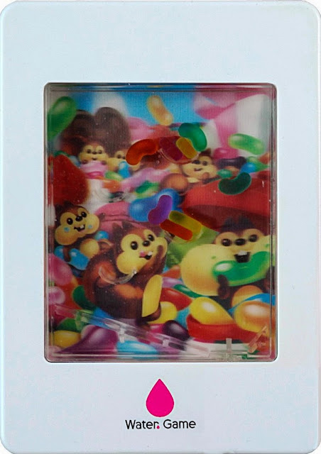 Trò chơi đẩy nước Sóc con đỡ kẹo (Water Game Jelly Beams) với hình ảnh sinh động thu hút trẻ nhỏ