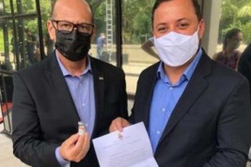 Niterói fecha acordo com Butantã para compra de 1,1 milhão de vacinas CoronaVac