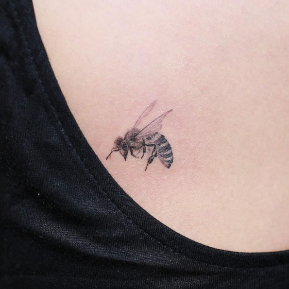 este_micro_mel_de_abelha_tatuagem