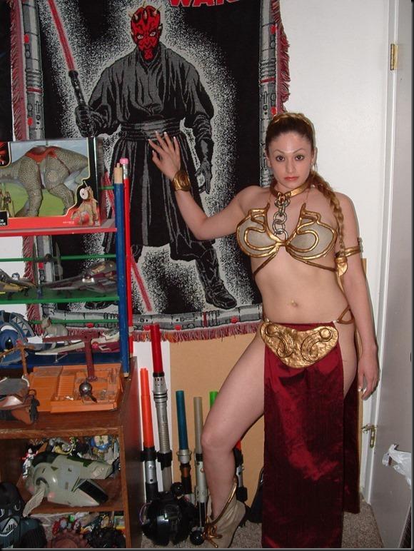 Princess Leia - Golden Bikini Cosplay_865825-0006