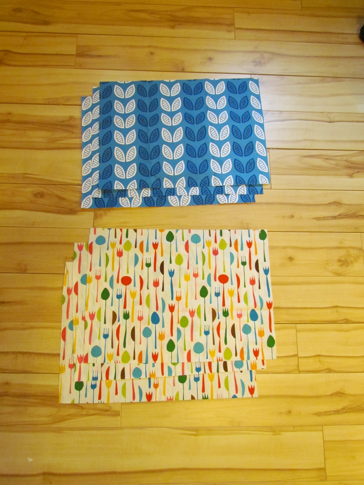 Little Bean Workshop Wipeable And Reversible Placemat