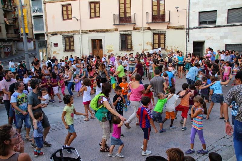 Festa infantil i taller balls tradicionals a Sant Llorenç  20-09-14 - IMG_4379.jpg