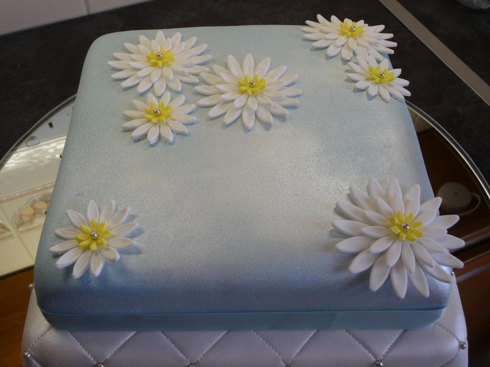 Princess Crafts Flower Power Cake