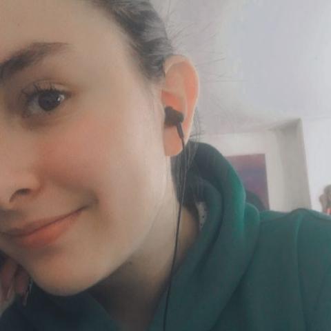 Diana Medrano Photo 20