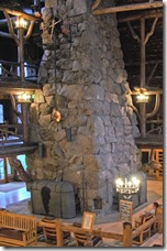 old-faithful-inn-lobby-01