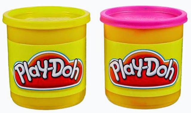 Bộ bột nặn chữ số vui nhộn PlayDoh 21018 với những hộp bột nặn được làm từ chất liệu an toàn cho bé