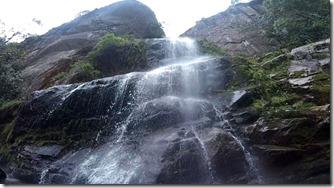 cachoeira-veu-da-noiva-parnaso-petropolis-4